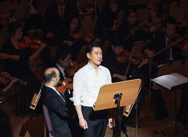 看王耀庆如何在交响乐中