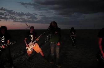 夜叉乐队演唱《末路》官方MV